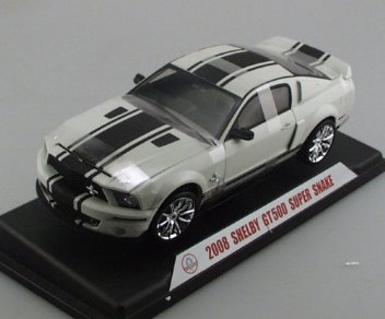 SHELBY GT 500 SUPER SNAKE WHITE/BLACK 1/18